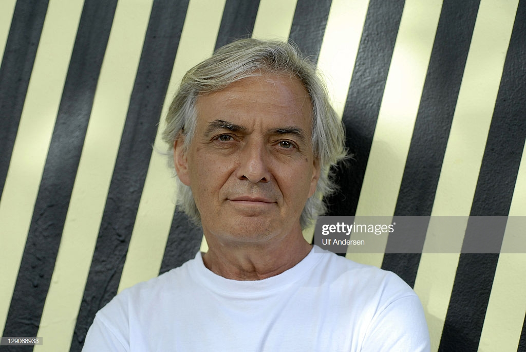 """Fransanın məşhur yazıçısı """"Qonkur""""un finalında"""
