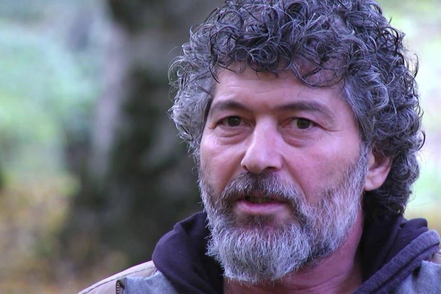 Şahbaz Xuduoğlu məşhur əsəri dilimizə çevirdi